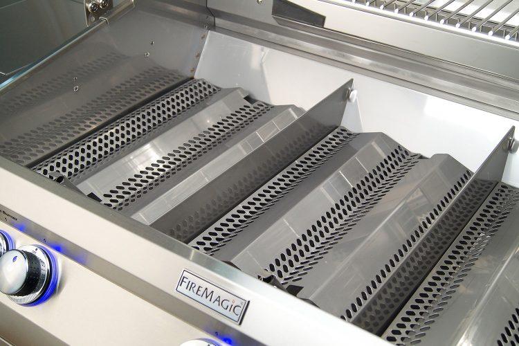 Echelon heat zone separators