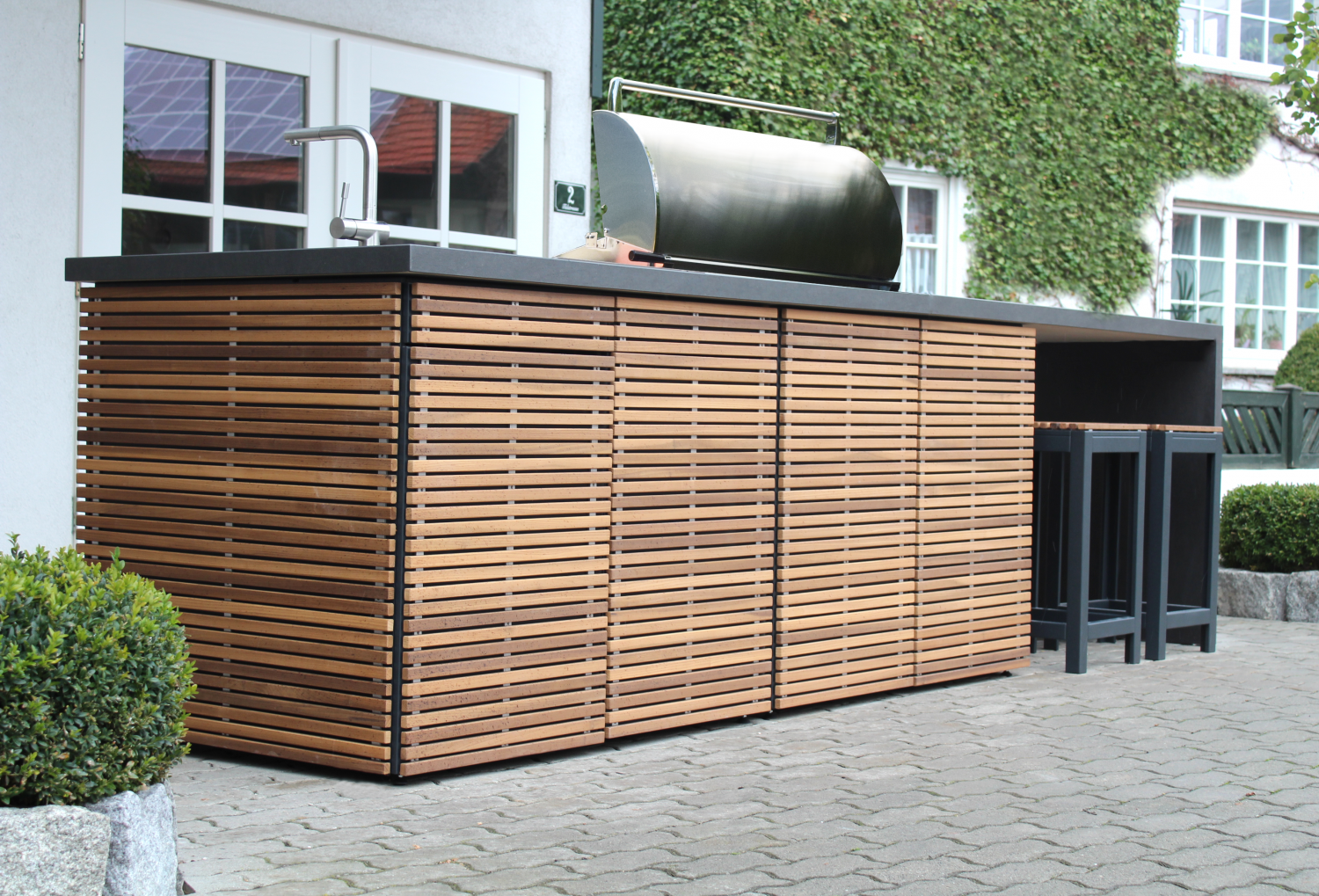 CUNIC Modular Outdoor Kitchen